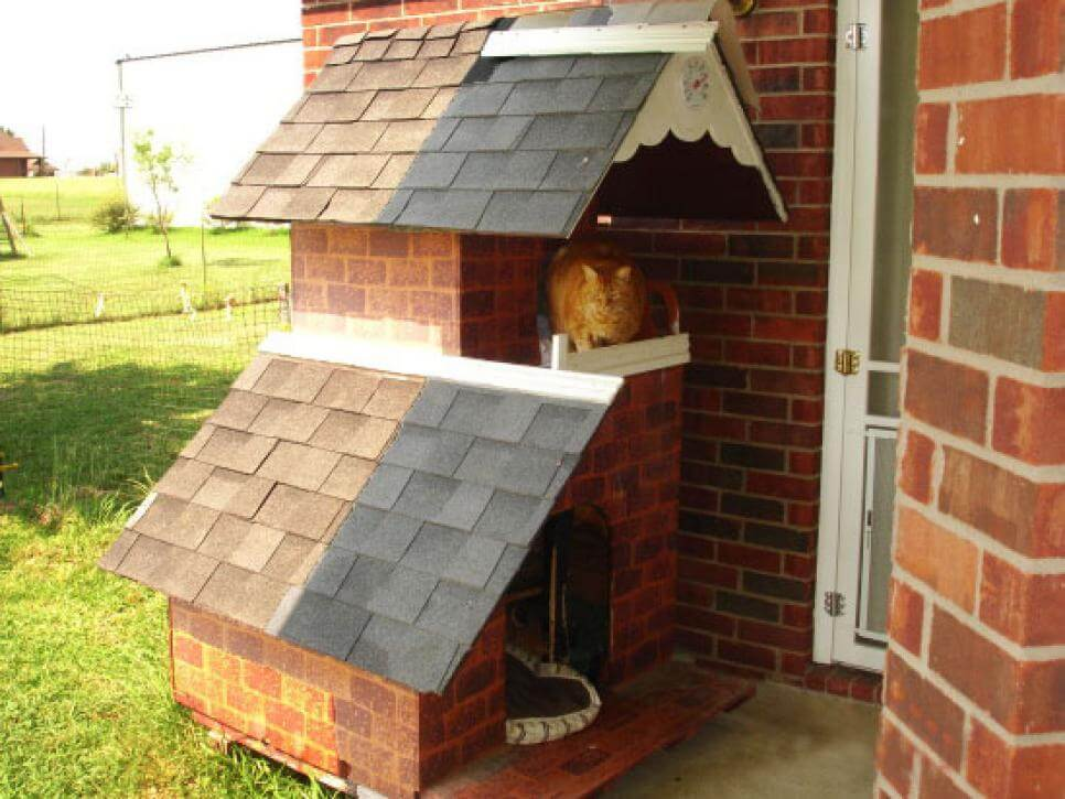 Dogs Downstairs, Cats Upstairs - CREATIVE DESIGNER DOG & PUPPY HOUSES, KENNELS
