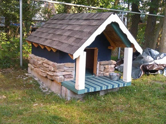 Gingerbread Cottage - CREATIVE DESIGNER DOG & PUPPY HOUSES, KENNELS