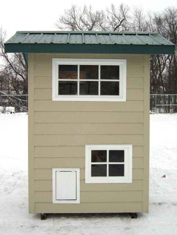 Weimaraners' Winter Townhouse - CREATIVE DESIGNER DOG & PUPPY HOUSES, KENNELS