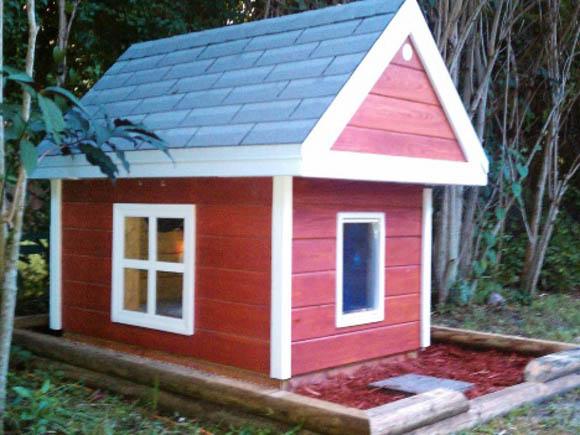 Little Red House - CREATIVE DESIGNER DOG & PUPPY HOUSES, KENNELS