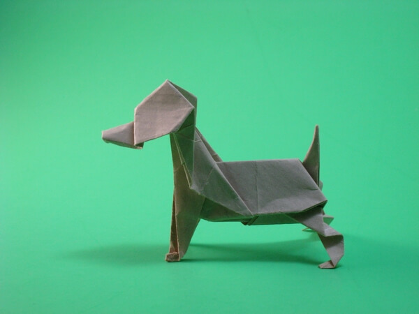 Beagle by Kunihiko Kasahara (Press to Buy online this Origami Dog Template)