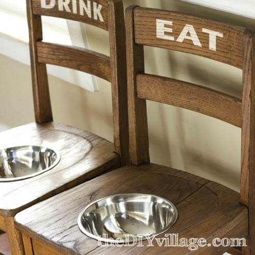 DIY HOMEMADE DOG BOWL, FEEDER, FEEDING STATION, PLACEMAT & DISPENSER